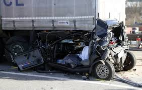 Car - Truck accident Lawyers